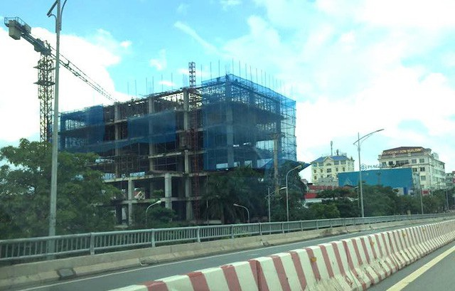 """Dự án """"Trung tâm thương mại và dịch vụ khách sạn"""" của Công ty cổ phần Trung Tín án ngữ ngay đầu TP Bắc Giang xây dựng khi chưa hề được phê duyệt ĐTM."""