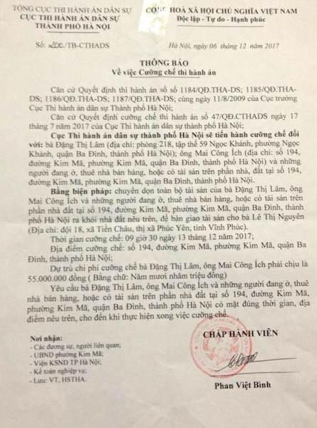 Cục thi hành án dân sự TP Hà Nội thông báo sẽ cưỡng chế đối với ông Mai Công Ích và những người khác liên quan đến khối tài sản nhà, đất tại 194 Kim Mã vào 9h30 ngày 13/12/2017.