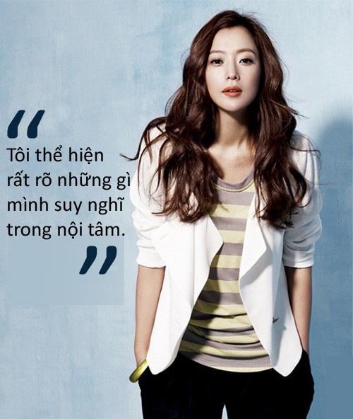 """Kim Hee-sun: """"Tôi không níu kéo tuổi thanh xuân"""" - 5"""
