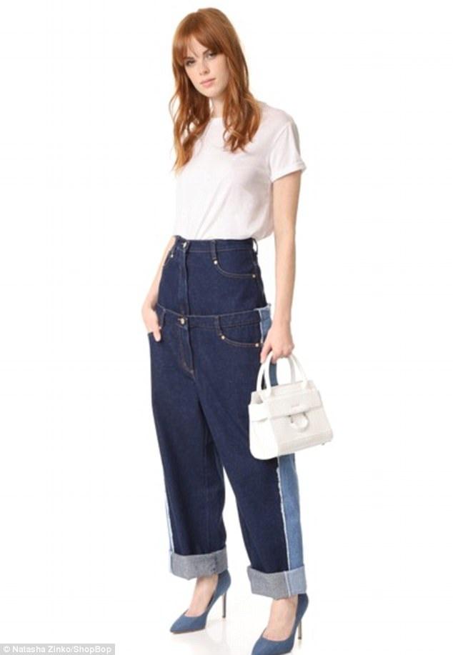"Mẫu quần jeans do nhà thiết kế Natasha Zinko thực hiện có giá không hề ""mềm mại"", dù vậy, hiện tại, mẫu quần này đã cháy hàng trên thị trường."