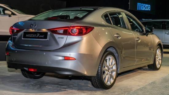 Mazda3 2017 có mặt tại Malaysia với giá từ 560 triệu đồng - 2