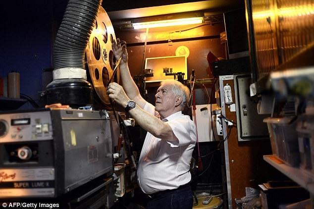"""Rạp chiếu Beverley là rạp chiếu phim """"lãng mạn"""" cuối cùng còn tồn tại ở thành phố Paris, nhưng rạp sẽ đóng cửa vào cuối năm nay."""