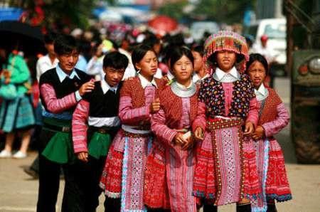 Chợ tình Mộc Châu là nỗi khao khát mong chờ của rất nhiều chàng trai và cô gái. Ảnh: Minh Phan
