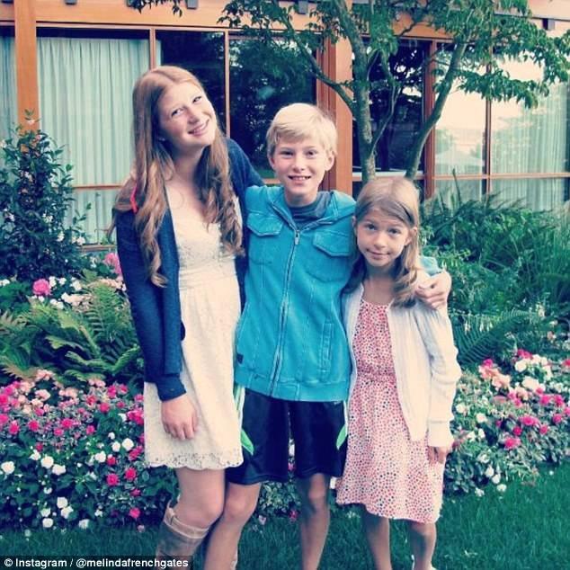 3 con của Bill Gates phải đợi cho đến khi 14 tuổi mới được sở hữu điện thoại di động.