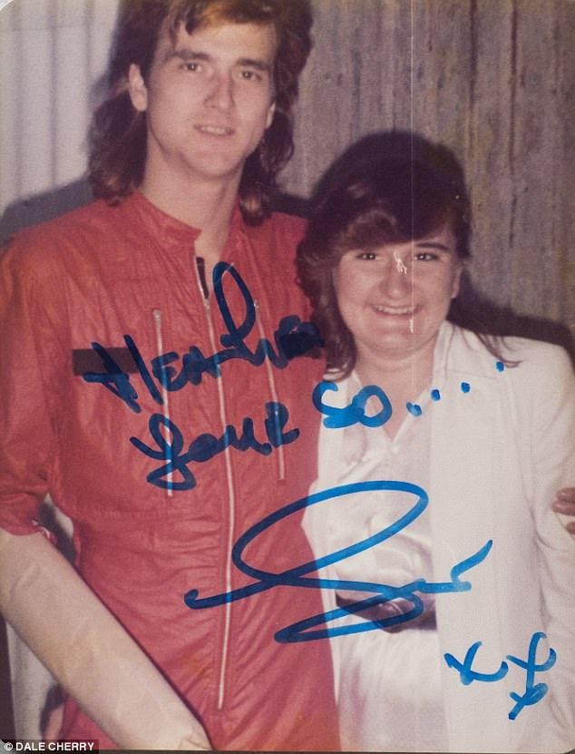 Bà Heather thừa nhận trong bộ phim tài liệu của BBC rằng bà đã bị ám ảnh dài lâu bởi ban nhạc, đặc biệt là với trưởng nhóm McKeown. Trong ảnh là bà Heather và ca sĩ McKeown hồi năm 1977.