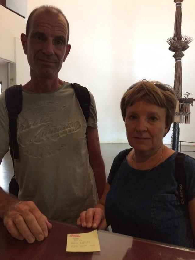 Đôi vợ chồng du khách người Hà Lan