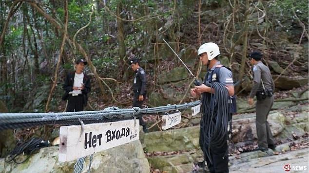 Khu vực xảy ra vụ việc đã được chăng dây cảnh báo nguy hiểm.