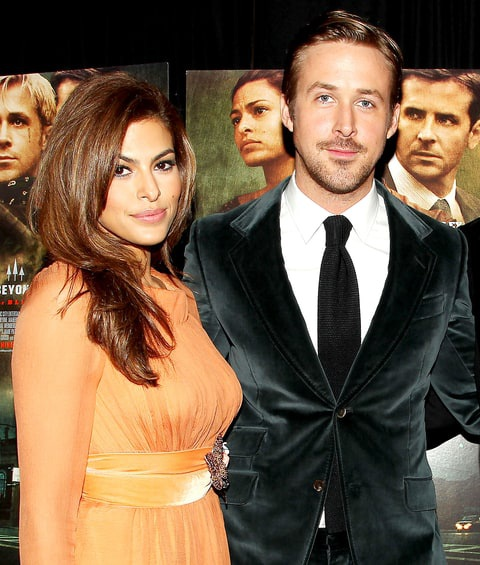 Eva Mendes và Ryan Gosling - Khoảng cách 6 tuổi: Cặp đôi diễn viên đã gắn bó từ năm 2011. Hiện giờ, họ đã có hai người con chung. Kể từ khi gắn bó với Eva Mendes và có được một hậu phương vững chắc, Ryan Gosling không ngừng có những thành công mới trong sự nghiệp diễn xuất.