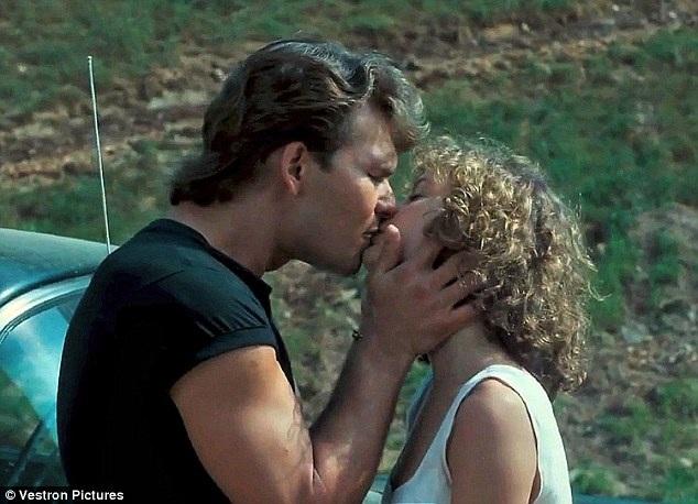 """Nụ hôn cuối phim """"Dirty Dancing"""" (Vũ điệu hoang dã - 1987) đứng vị trí thứ 5."""