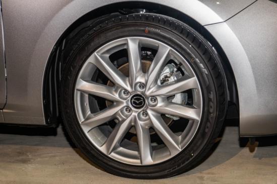 Mazda3 2017 có mặt tại Malaysia với giá từ 560 triệu đồng - 4