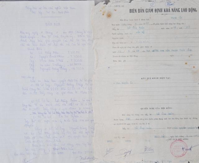 Biên bản của Hội đồng xét duyệt thuộc Ban tổ chức Huyện ủy Thới Bình đã thống nhất chi trả chế độ cho bà Lê Hồng Xuân từ năm 1999, nhưng đến nay bà vẫn chưa hưởng được đồng nào.