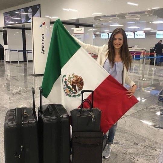 Hoa hậu Mexico háo hức chờ đợi chuyến đi dài và chặng đường đua sắp tới.