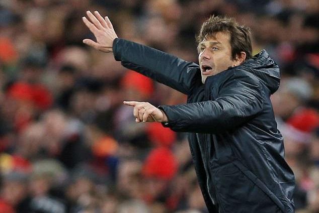 Conte muốn Chelsea sớm giữ chân Courtois