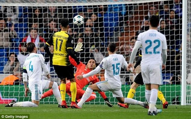 Aubameyang lập cú đúp cho Dormund trước Real Madrid