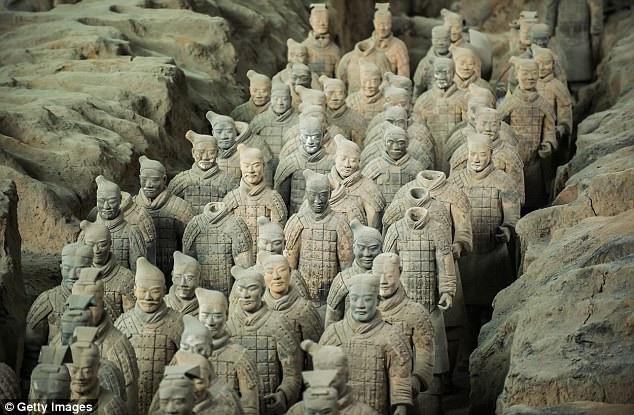 Đội quân đất nung của Hoàng đế
