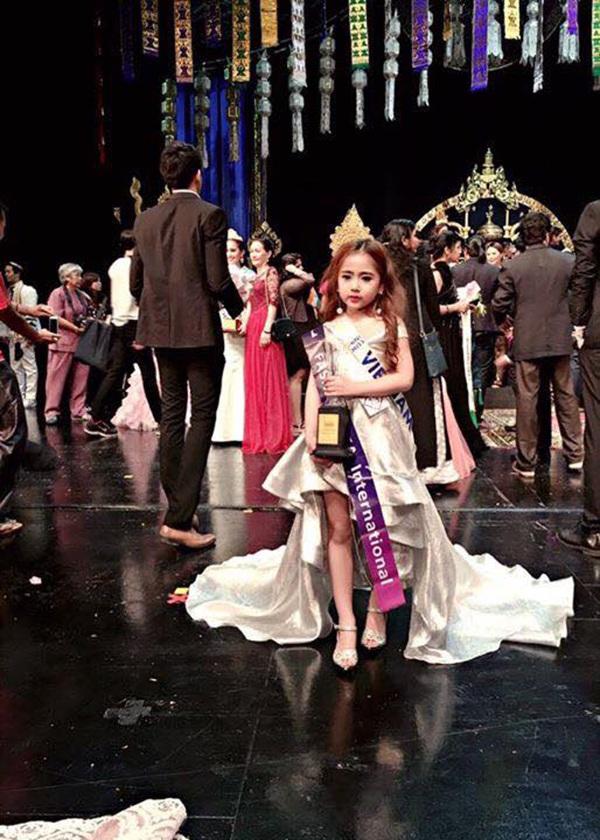 """4 em nhỏ Việt thắng lớn ở cuộc thi """"Hoàng tử và công chúa quốc tế"""" - 6"""