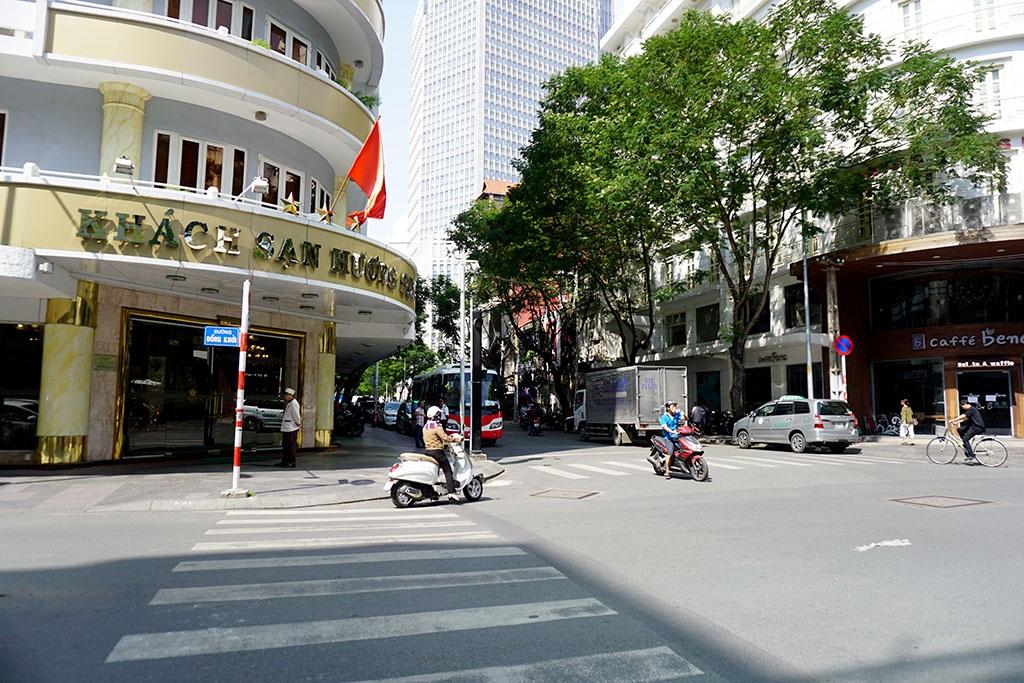 Sài Gòn – TPHCM: 42 năm nguyên vẹn những góc phố, tuyến đường - 16