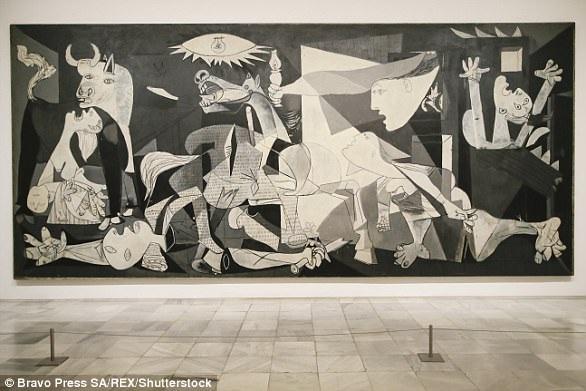 """Siêu phẩm hội họa """"Guernica"""" của Picasso có kích thước lớn 349 cm × 776 cm với ý tưởng nội dung phản đối chiến tranh."""