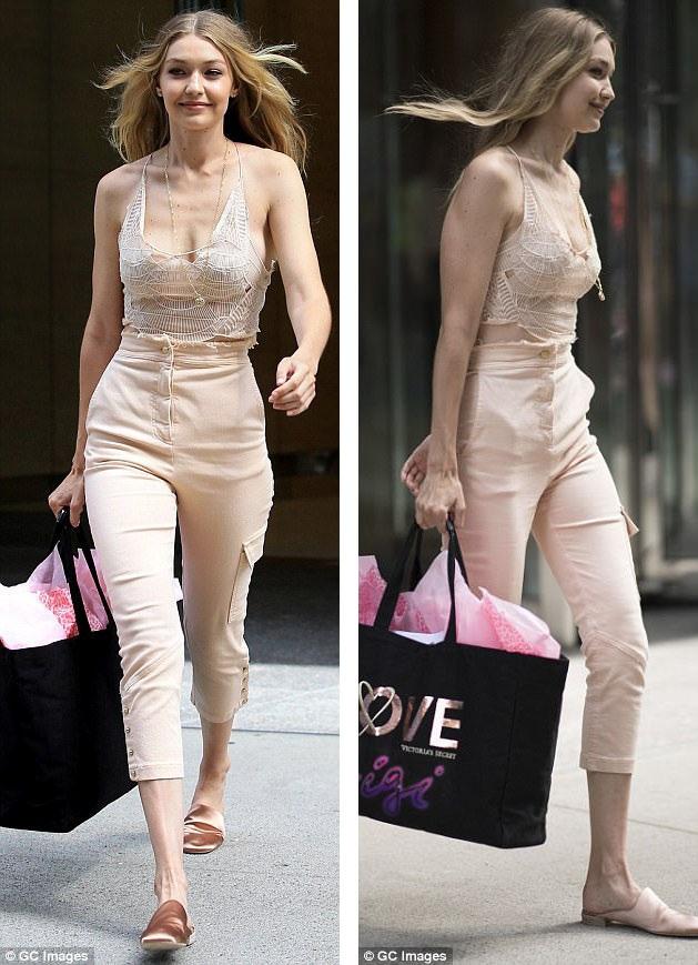 """Phụ nữ hiện nay khi """"can thiệp vòng 1"""" không còn chuộng nhũ hoa """"đồ sộ"""", thay vào đó, họ thích có được vòng 1 vừa phải, trẻ trung giống như những ngôi sao của sàn catwalk hiện tại, như người mẫu Gigi Hadid (ảnh)."""
