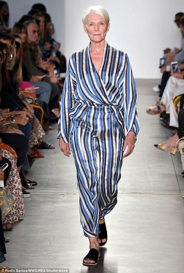 Bà Maye Musk xuất hiện tại một show trình diễn trong khuôn khổ Tuần lễ Thời trang New York đang diễn ra.