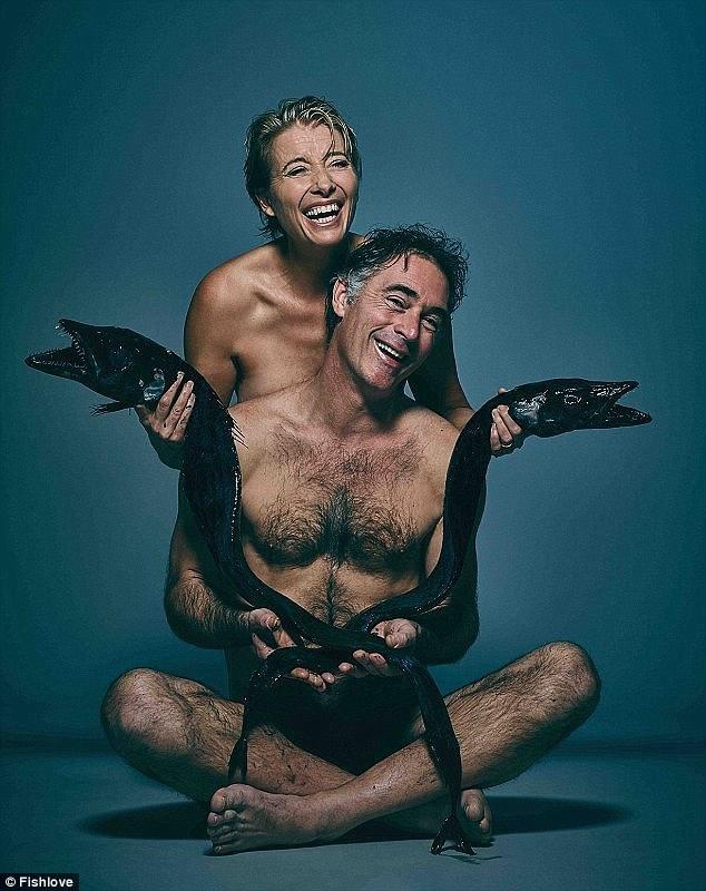 Trong bộ ảnh 2016, khoảnh khắc chụp nữ diễn viên người Anh Emma Thompson và chồng bà - nam diễn viên Greg Wise là một bức hình đáng nhớ.