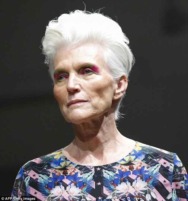 Đối với bà Maye, người mẫu là nghề khiến bà đam mê, bà đã catwalk suốt 5 thập kỷ qua.