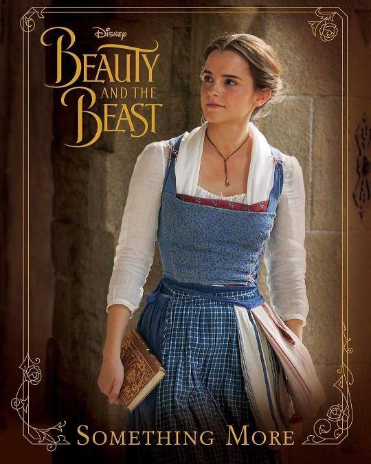 """Nàng Belle trong """"Người đẹp và quái vật"""" (2017)."""