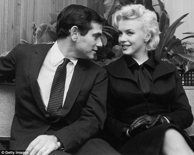 Người bạn nhiếp ảnh gia - Milton Greene (ảnh) - đã hứa sẽ giúp Marilyn ổn định cuộc sống tại thành phố mới.
