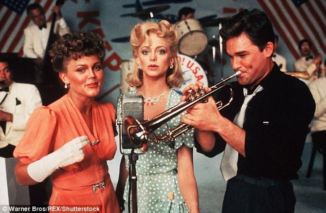 """Buổi ban đầu, đạo diễn Demme thành công với những phim hài ăn khách như """"Swing Shift"""" (1984)."""