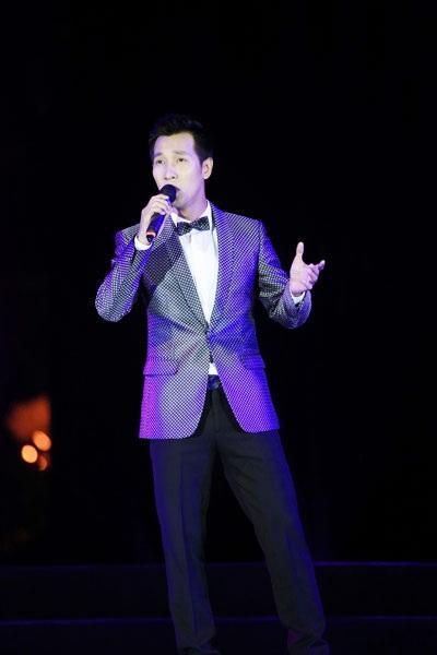 Thu Minh, Noo Phước Thịnh gây bất ngờ khi hát nhạc cách mạng - 11
