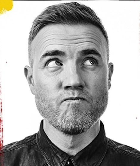 Nam ca sĩ Gary Barlow - thành viên của ban nhạc Take That.