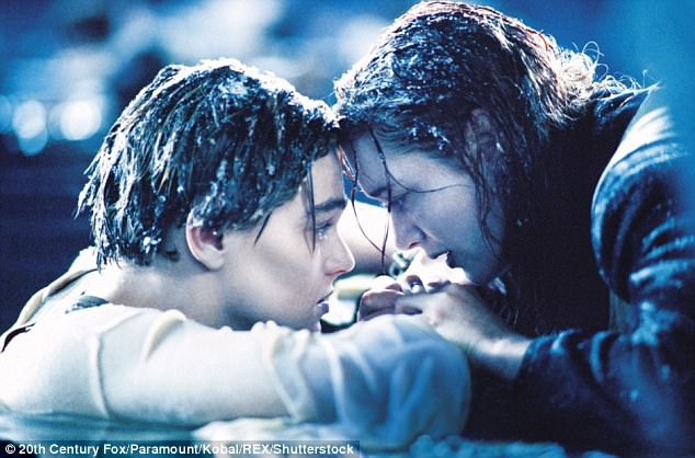 Liệu Jack có thể nào sống sót vượt qua vụ đắm tàu Titanic? Nhà khoa học nổi tiếng người Mỹ - Neil DeGrasse Tyson - khẳng định rằng bản năng sinh tồn của Jack ngoài đời thực chắc chắn phải mạnh mẽ hơn rất nhiều so với những gì người xem đã thấy trên phim.