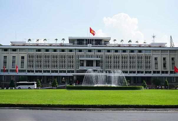 Sài Gòn – TPHCM: 42 năm nguyên vẹn những góc phố, tuyến đường - 2
