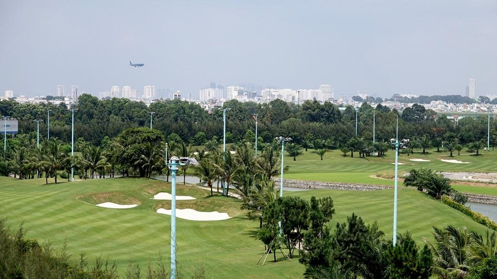 Cận cảnh sân golf VIP nằm trong… sân bay Tân Sơn Nhất - 5