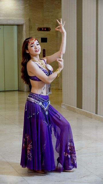 Thí sinh Trương Thị Quỳnh Như là một vũ công khi tuổi đời còn rất trẻ. Cô gái sinh năm 1998 này gây ấn tượng mạnh với BGK khi thể hiện tài năng của mình