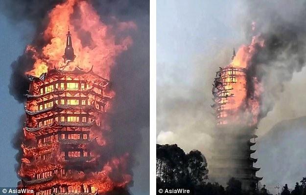 """Vào cuối tuần qua, ngọn lửa dữ dội đã thiêu rụi tòa tháp Lingguan, công trình được kỳ vọng sẽ trở thành """"tòa tháp gỗ cao nhất Châu Á"""" sau khi hoàn tất."""
