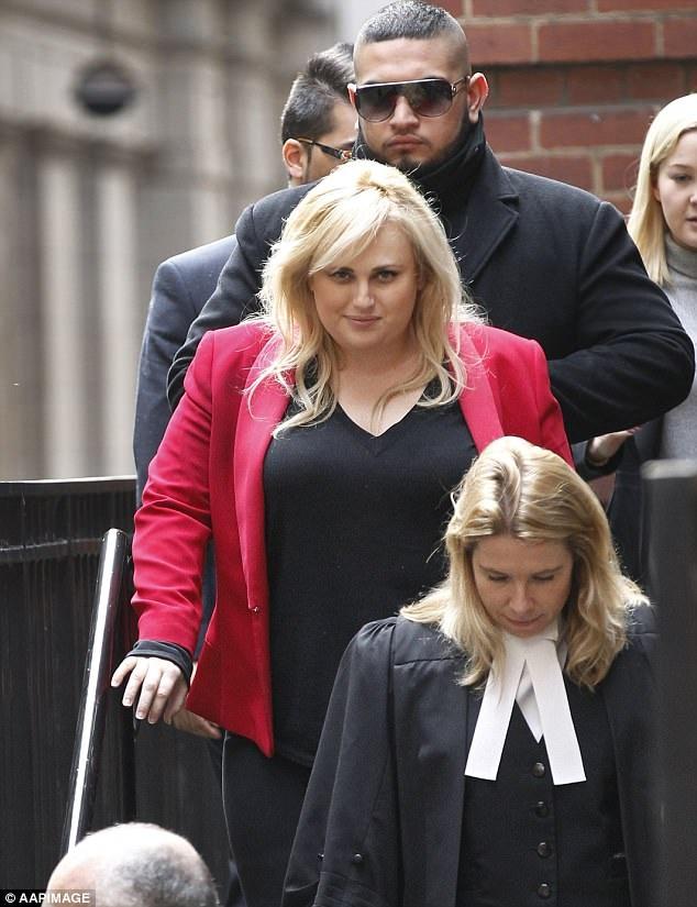 Nữ diễn viên Rebel Wilson (37 tuổi) đã chứng minh trước tòa rằng hàng loạt những ấn bản tạp chí dành cho phụ nữ phát hành tại Úc do công ty truyền thông nọ quản lý đã đưa những thông tin thất thiệt về cô trong liên tiếp 8 bài báo xuất bản hồi tháng 5/2015.