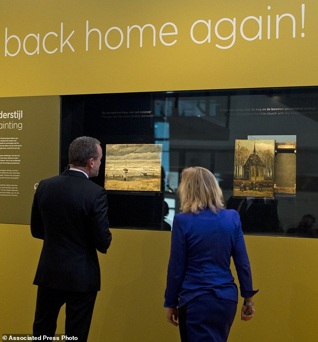Hiện giờ, hai bức tranh đã được trưng bày trở lại tại bảo tàng. Dù vậy, trong những năm tháng lưu lạc vừa qua, đã có những tổn hại nhất định đối với hai bức tranh.