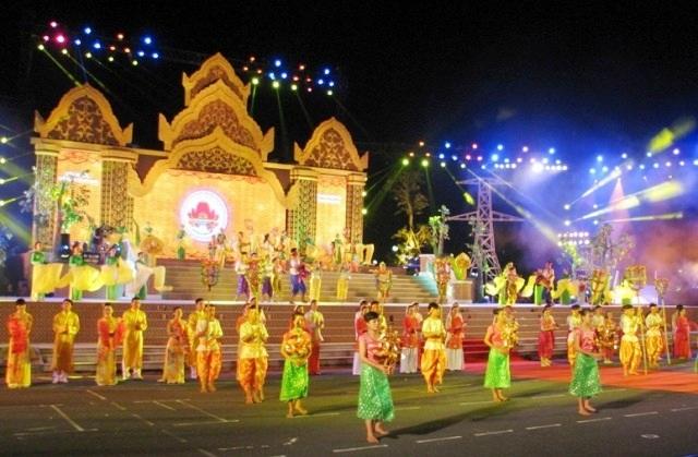 Ngày hội văn hóa, thể thao và du lịch đồng bào Khmer Nam Bộ lần VI - năm 2014 đã diễn ra tại tỉnh Hậu Giang.