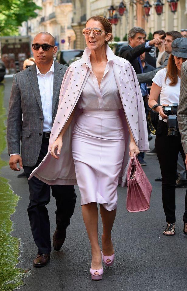 Sự biến đổi phong cách không ngưng nghỉ của Celine Dion khiến người hâm mộ thích thú.
