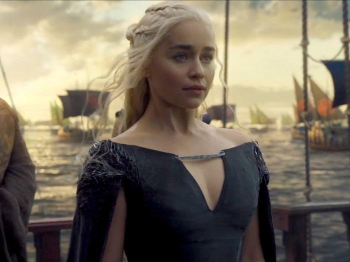 """""""Trò chơi vương quyền"""" đã thay đổi như thế nào qua 6 phần phim? - 11"""