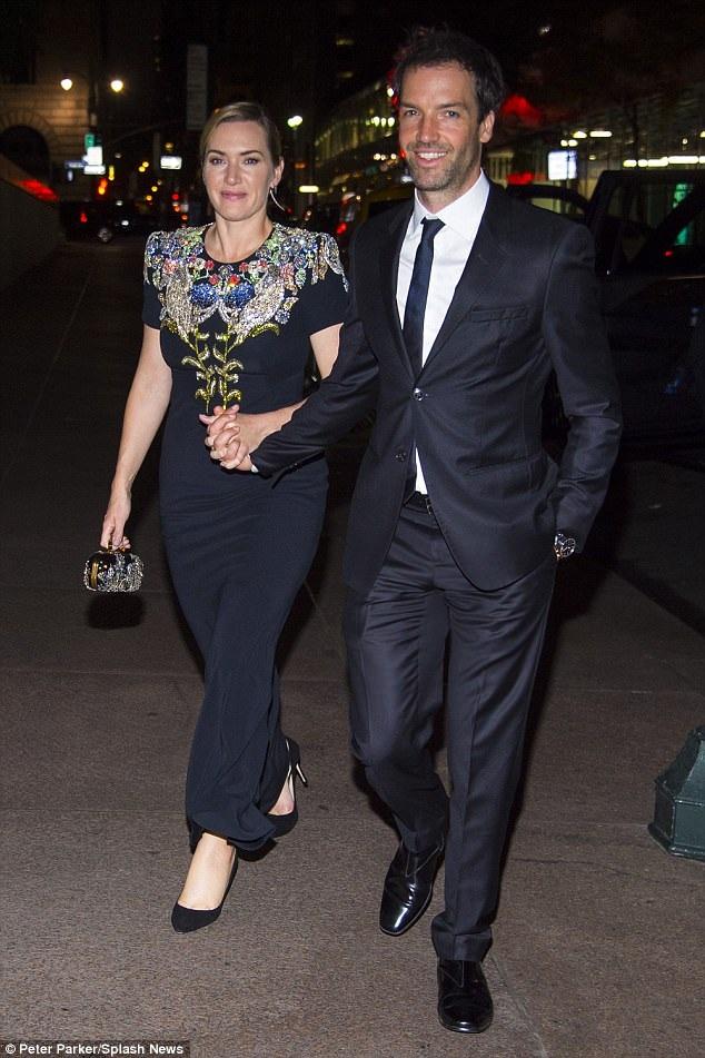 Kate Winslet và lần hiếm hoi xuất hiện bên người chồng thứ 3 Ned Rocknroll từ sau khi họ kết hôn cách đây 5 năm