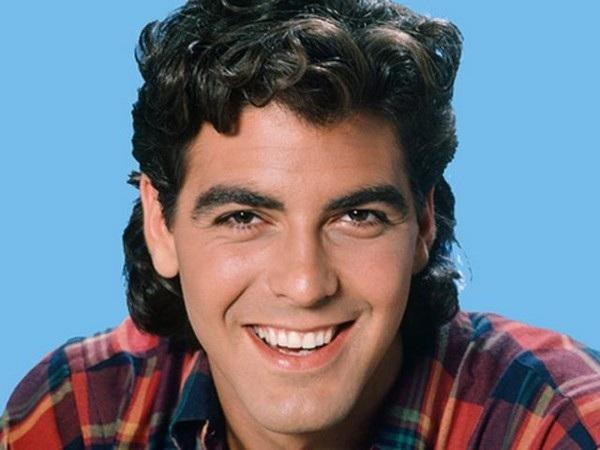 Gã tóc bạc điển trai George Clooney trông như 1 ngôi sao ca nhạc hồi thập niên 80