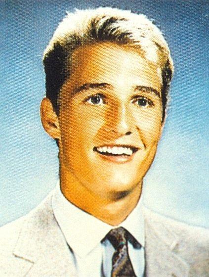 Matthew McConaughey khi gần 20 tuổi nhiều tóc hơn bây giờ!