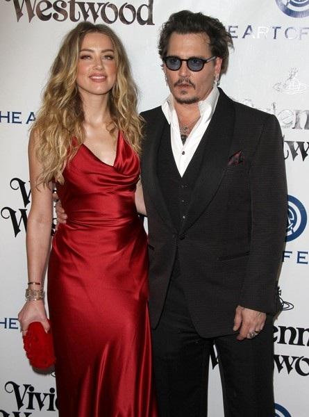 Phía luật sư của Johnny Depp tuyên bố Amber vẫn cố gắng lôi tên chồng cũ vào các vụ tranh chấp - đôi co không đáng có trên báo để tiếp tục được ăn theo người nổi tiếng.