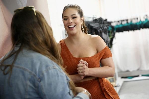 Người đẹp Mỹ tin rằng dù béo hay gầy thì phái đẹp vẫn luôn là phái đẹp và xứng đáng được tôn vinh, trân trọng.