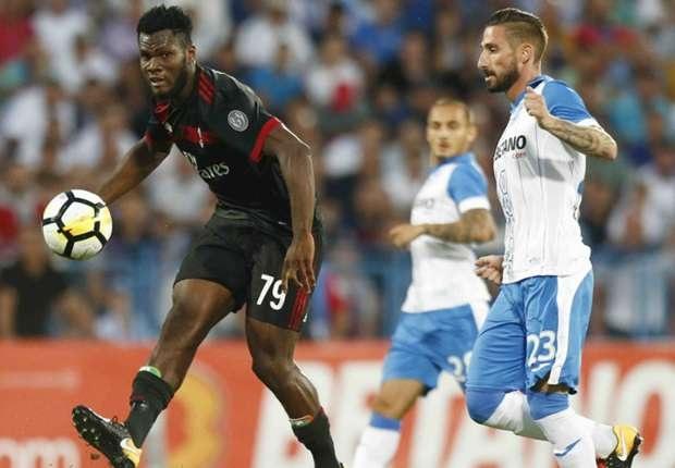 AC Milan vượt qua CS U Craiova