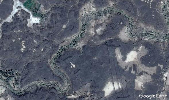 Phát hiện hàng trăm công trình cổ đại ở các miệng núi lửa Ả Rập - 1