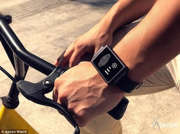 Chiếc đồng hồ có chức năng chống nước nên sử dụng được ở nhiều điều kiện khác nhau
