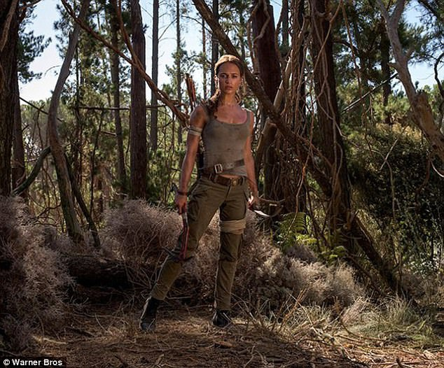 Lara Croft từng là vai diễn làm nên tên tuổi cho Angelina Jolie vào năm 2001 và 2003. Phim mới mang tên chính vai diễn này sẽ do sao phim Cô gái Đan Mạch Alicia Vikander thủ vai chính